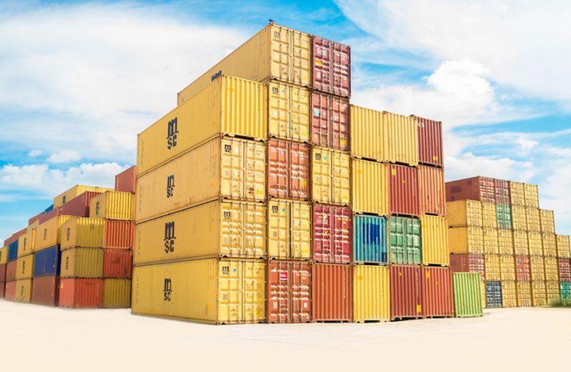 MSC containers op elkaar gestapeld